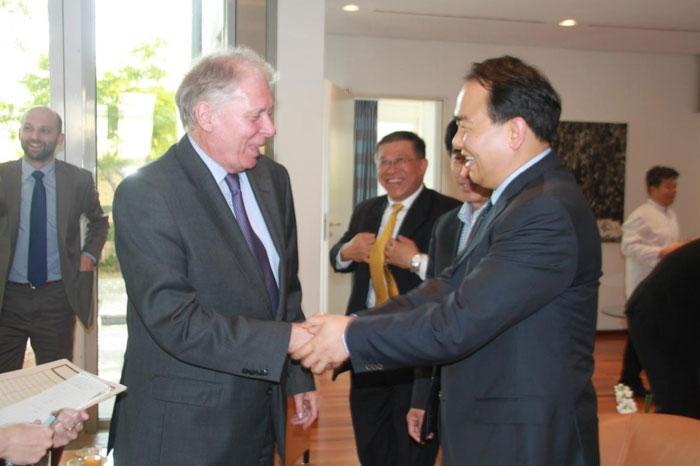 陈东市长率揭阳代表团在京拜访德国驻华大使馆